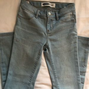 Old Nav Light wash girls skinny jeans size 8